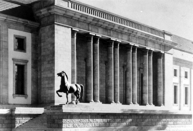 Hitlers b ros in berlin reichskanzlei und neue reichskanzlei for Architektur 3 reich